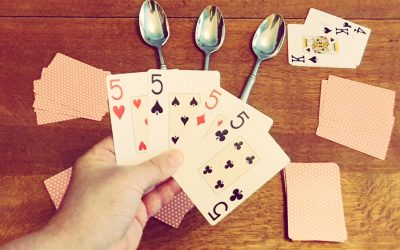 How to play Spoons